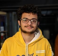 Photo of Hardik Joshi