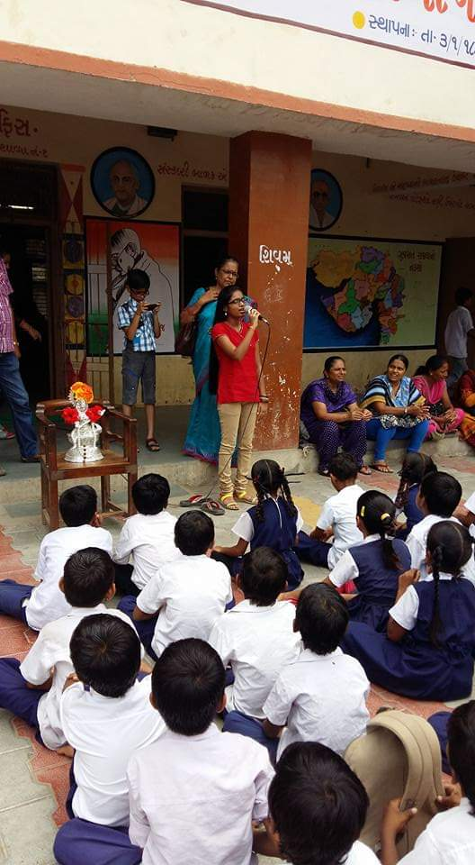Kalgi addressing children in Kalgi Foundation
