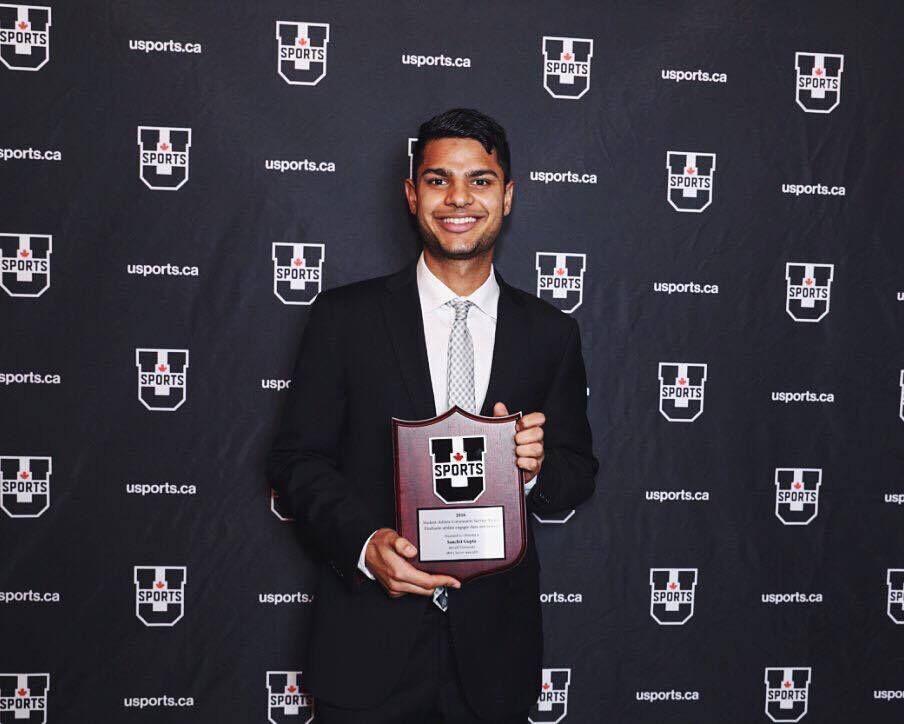 Sanchit gets the USports Award