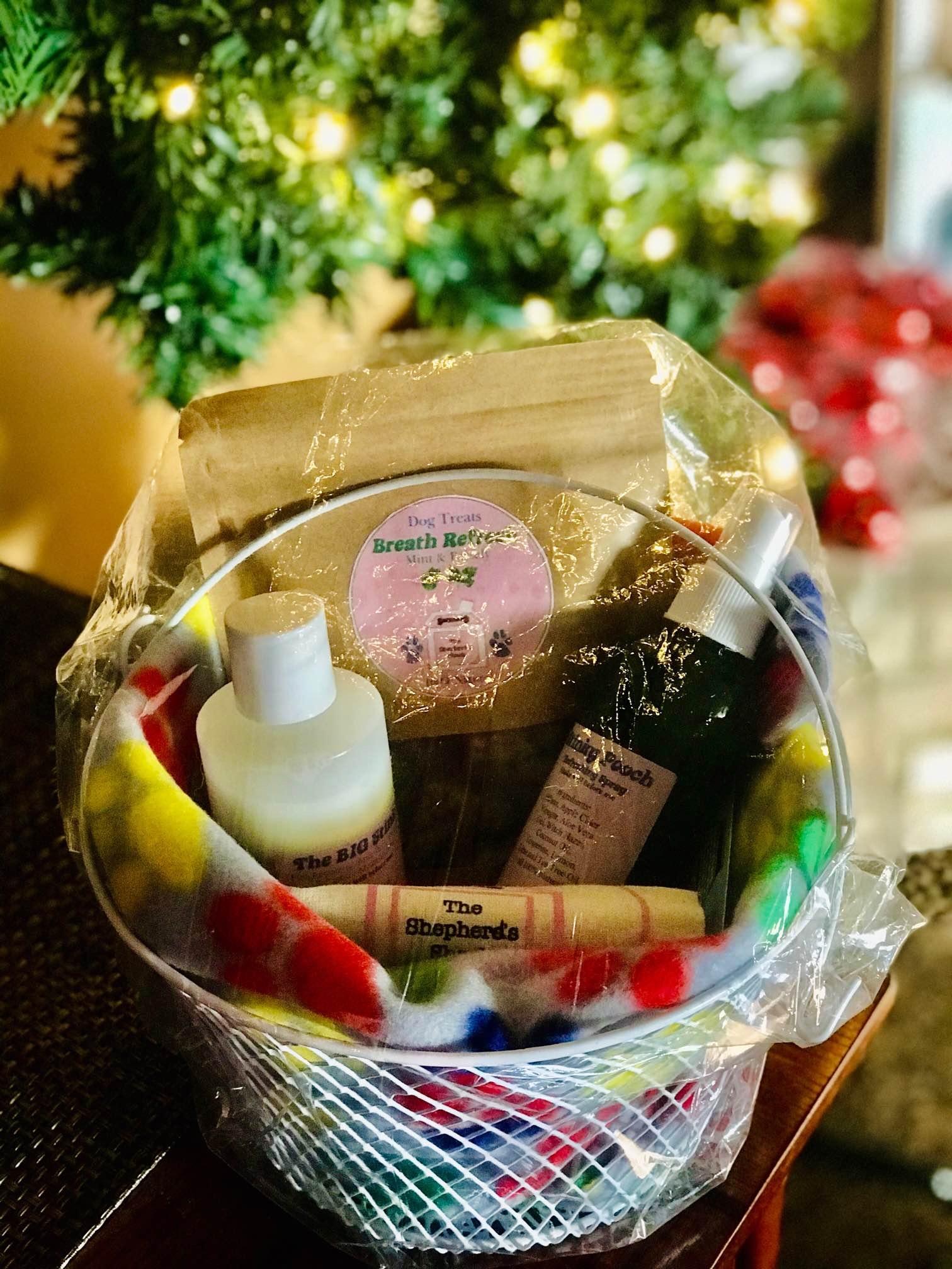 Lizzy Lewellyn product basket